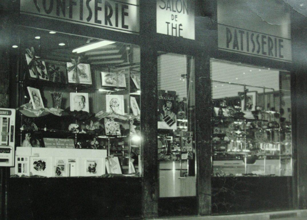 Une histoire - Façade de la patisserie confiserie dès 1935