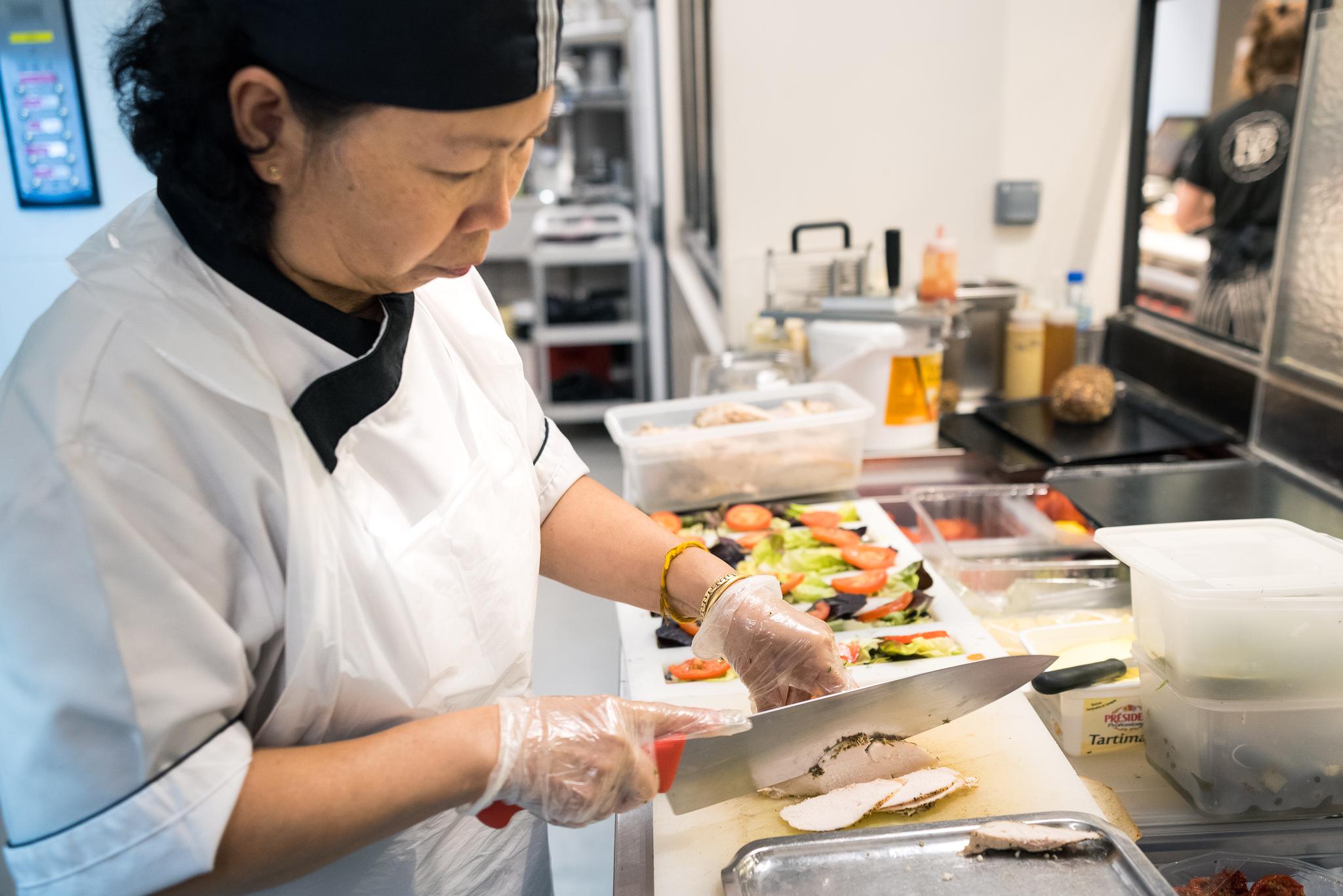 Préparation des sandwichs pour le snacking